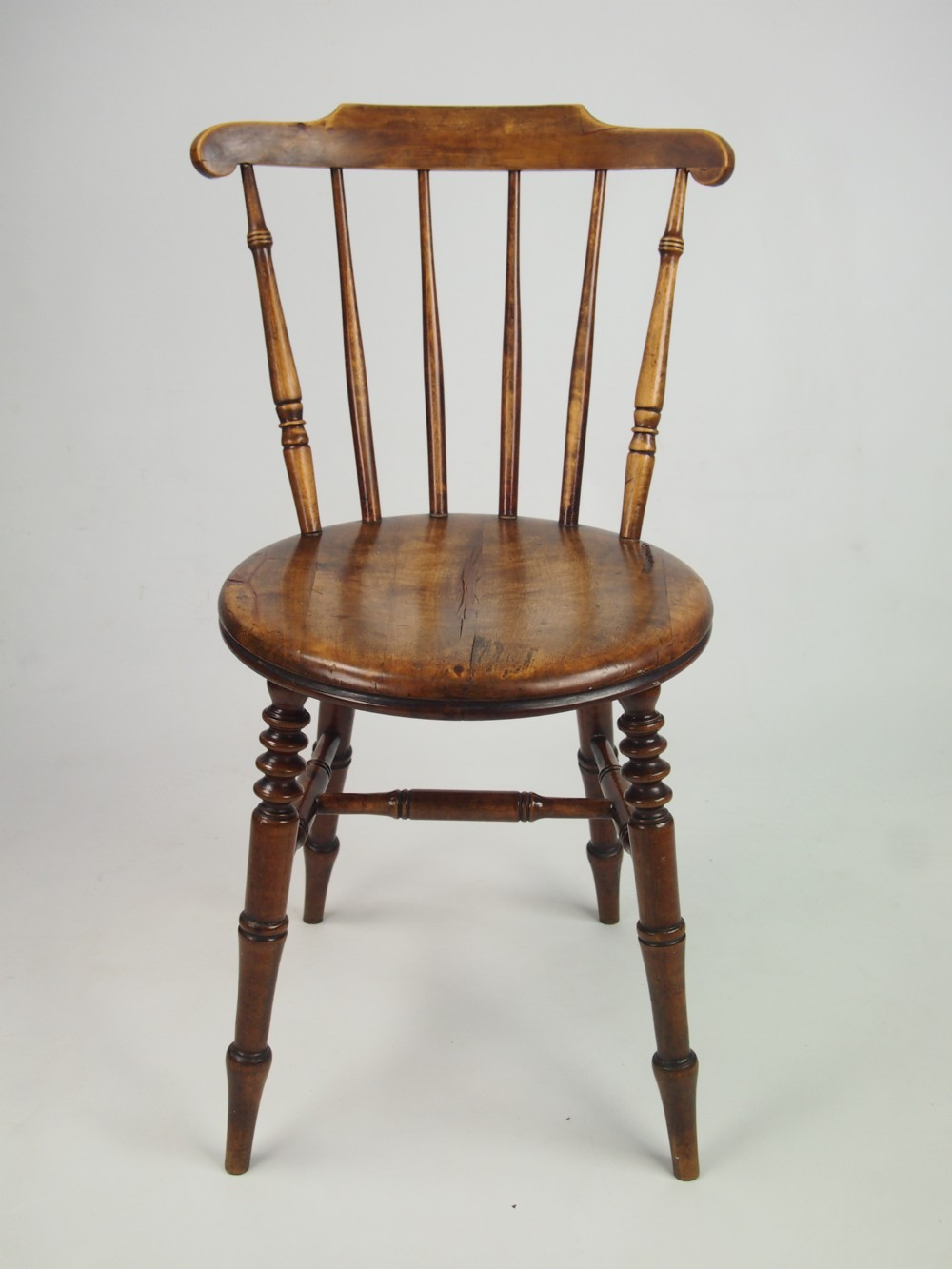 - Set 4 Antique Pine Kitchen Chairs 267710 Sellingantiques.co.uk