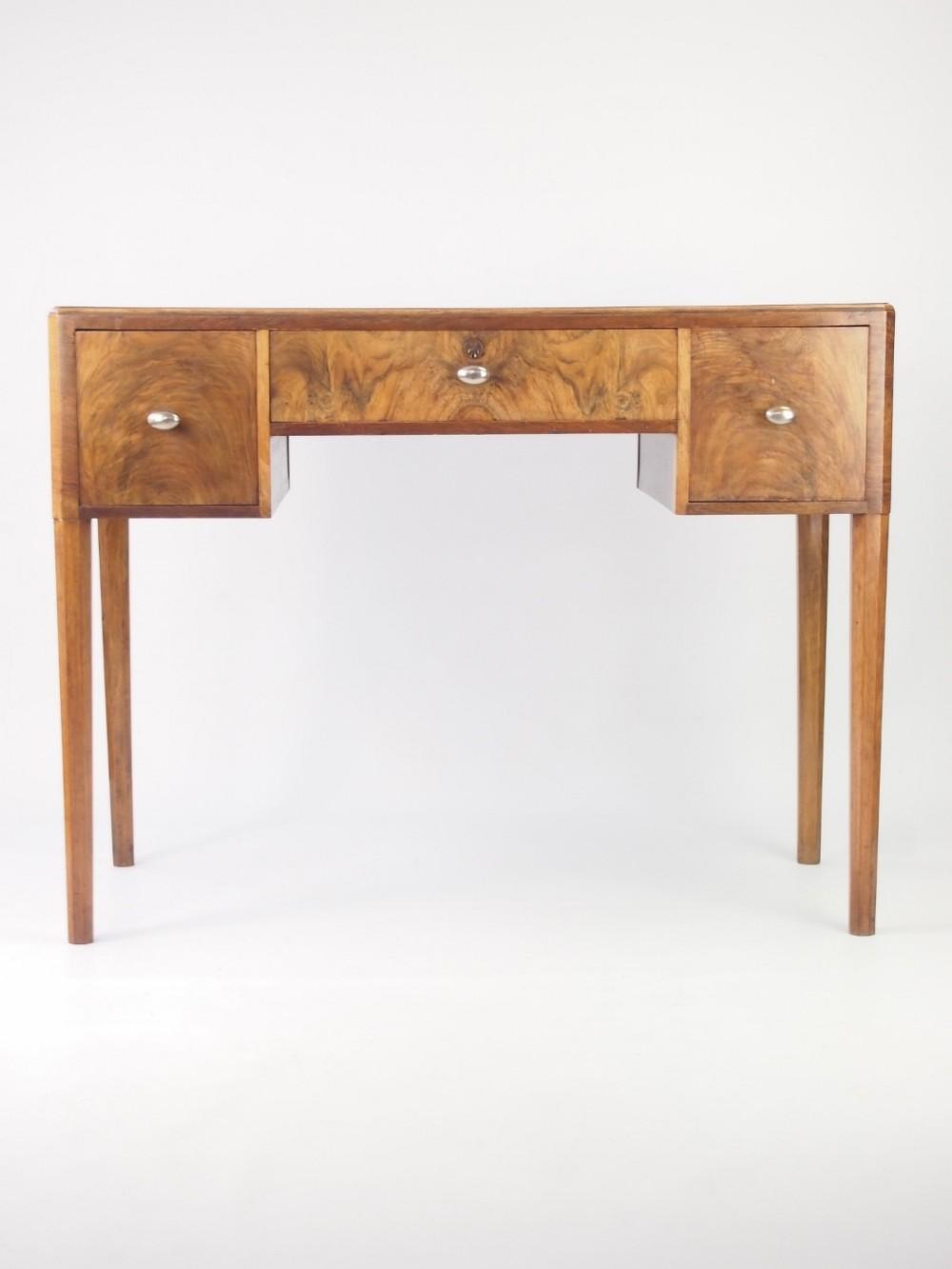 small deco desk in walnut 331321 sellingantiques co uk