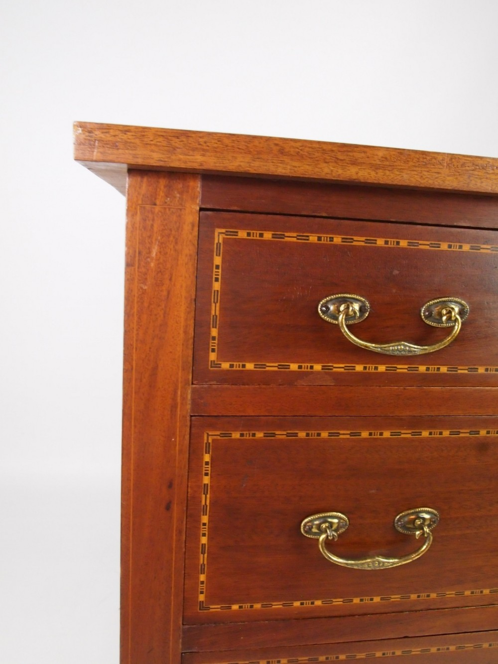 Small Antique Edwardian Chest Of Drawers 380469