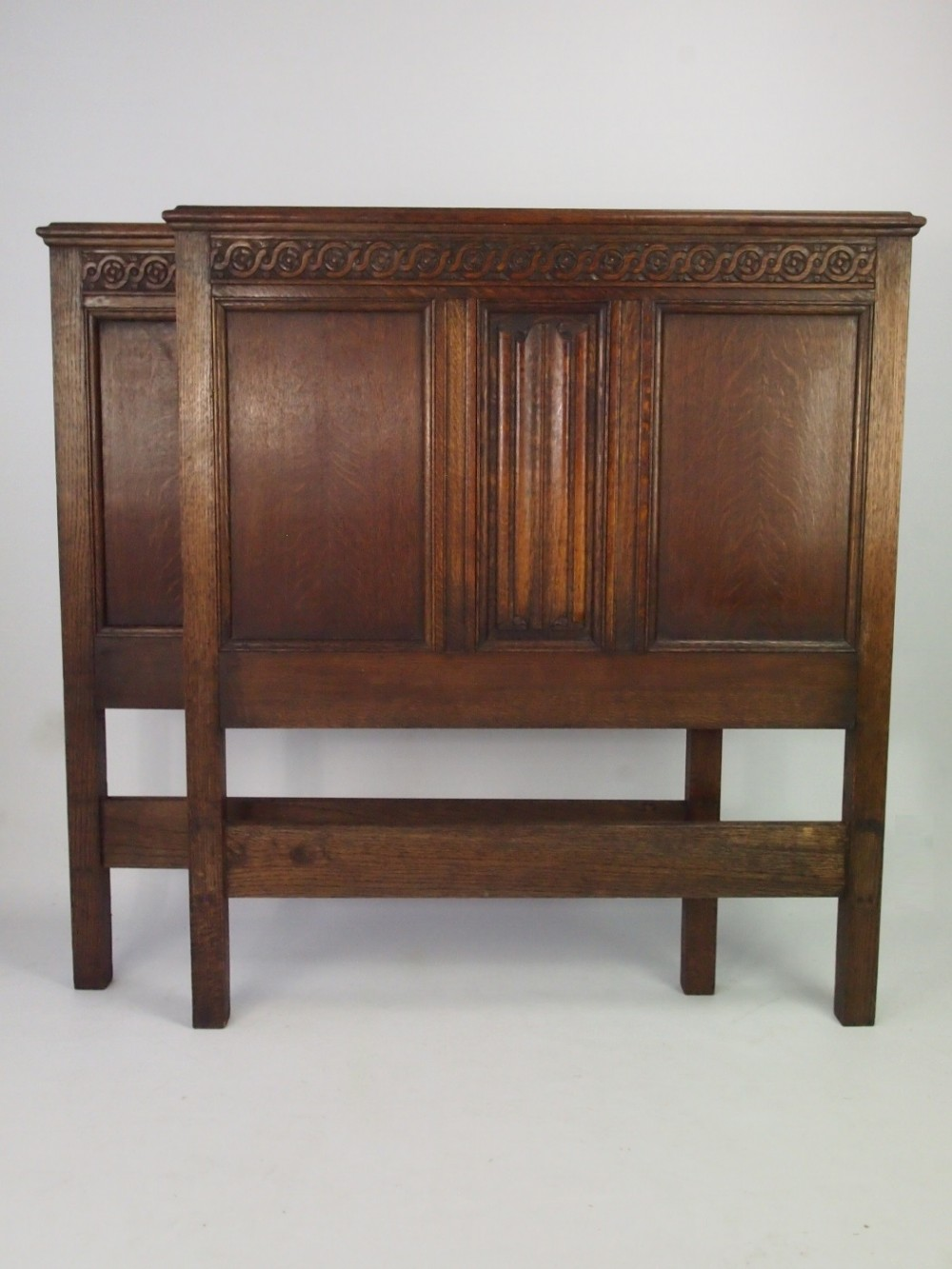 Pair Of Oak Headboards For Single Beds 386528 Sellingantiques Co Uk