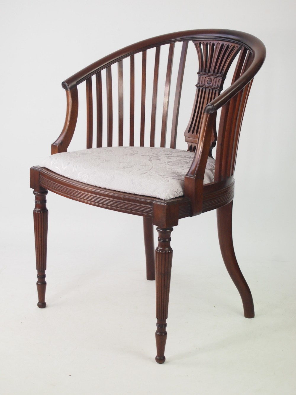 Edwardian Mahogany Tub Chair 436875