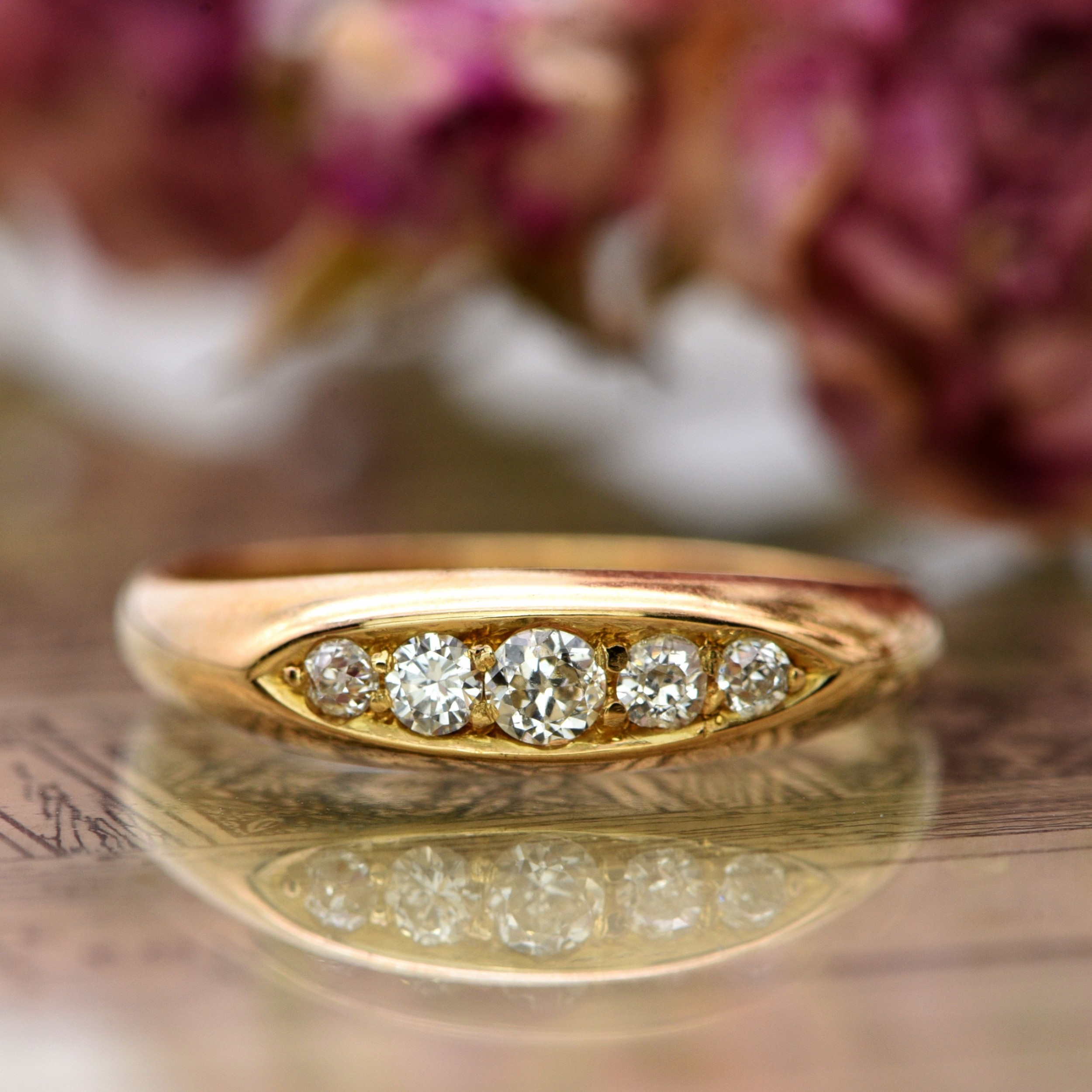 the antique edwardian whs five diamond ring