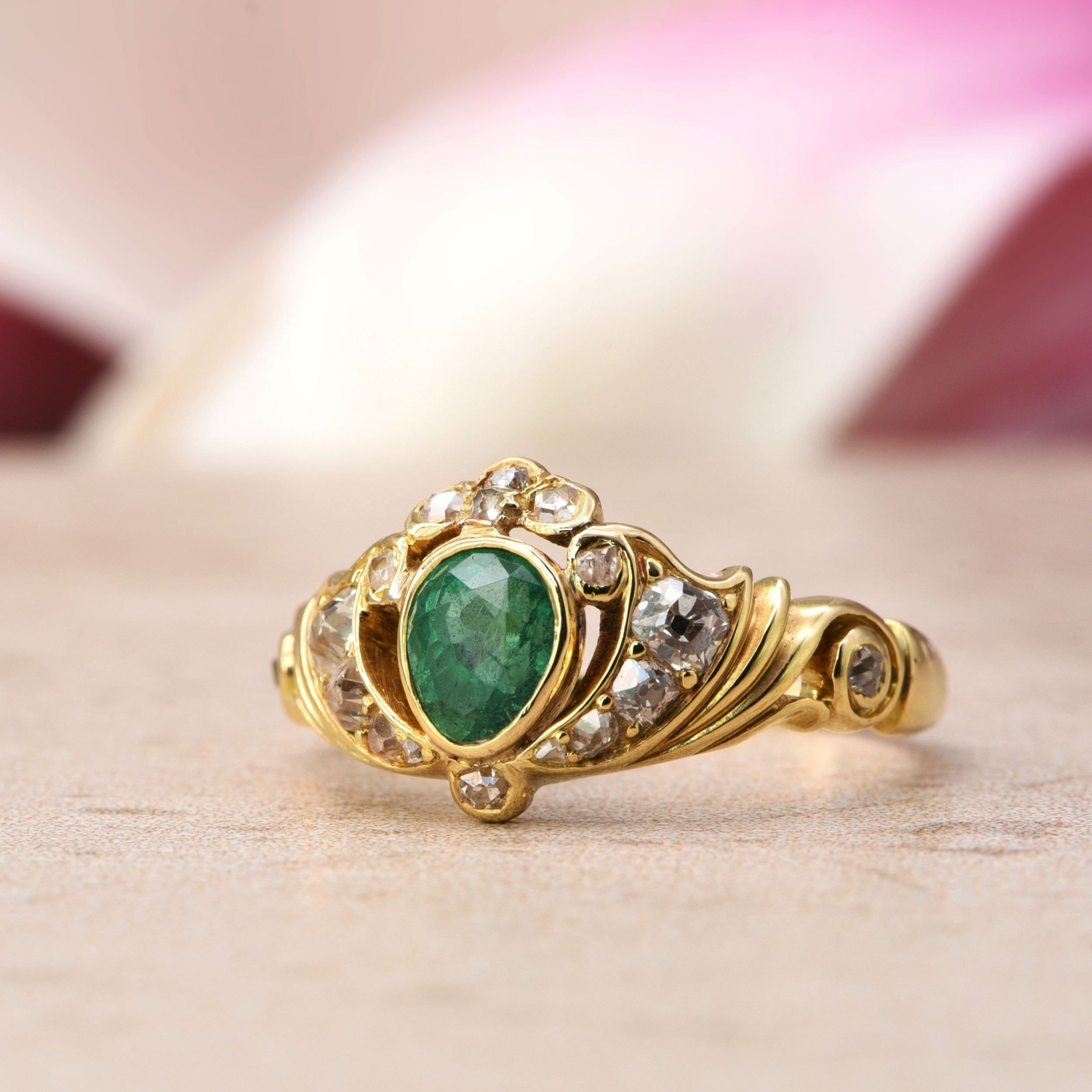 the antique 19th century emerald and seventeen diamond ring