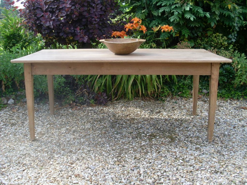 A thc Bleached Oak French Kitchen Dining Table Seats