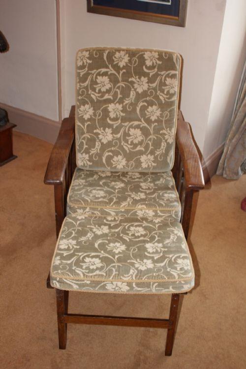 Antique Secrets - Antique Steamer Chairs - The UK's Largest Antiques Website