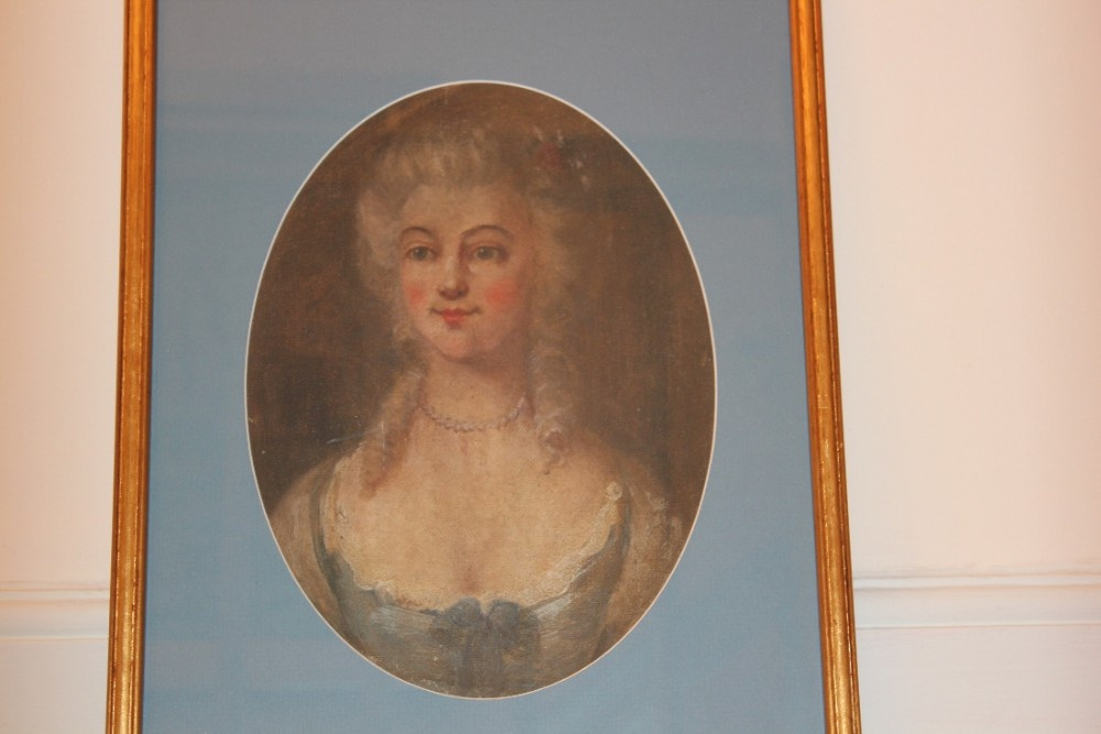 c18th portrait of a georgian lady oil on canvas of attractive form and seductive appeal