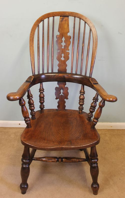 Windsor Arm Chairs ~ Antique broad arm windsor chair sellingantiques