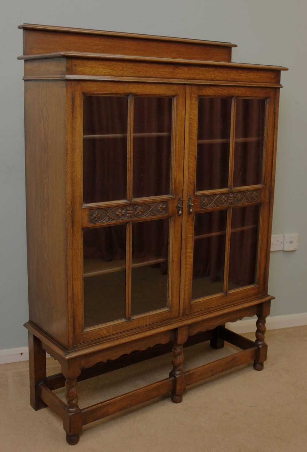 antique oak glazed bookcase display cabinet - Antique Oak Glazed Bookcase, Display Cabinet 260194