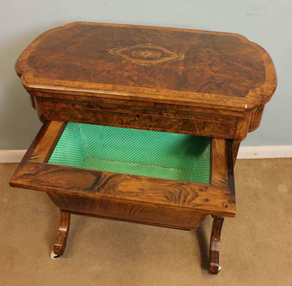 antique victorian sewing table backgammon games table. Black Bedroom Furniture Sets. Home Design Ideas