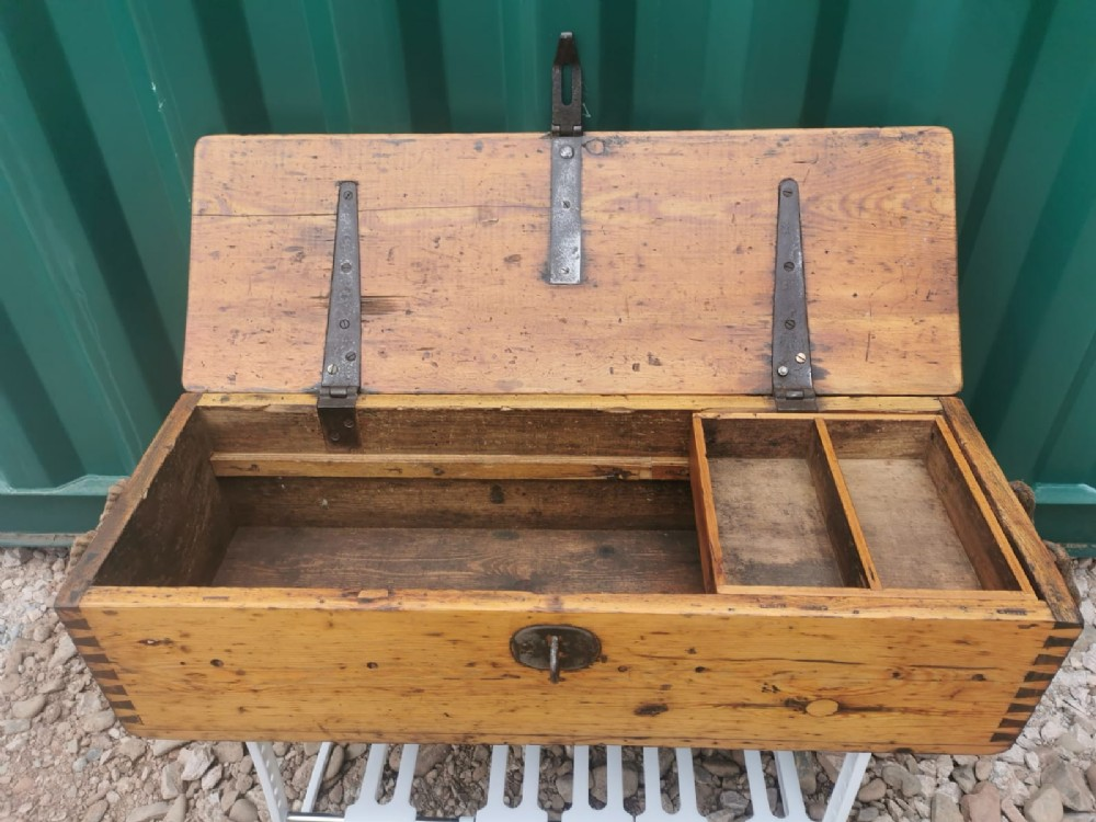 pine trunk chest