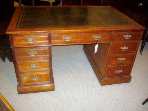 oak partners' desk