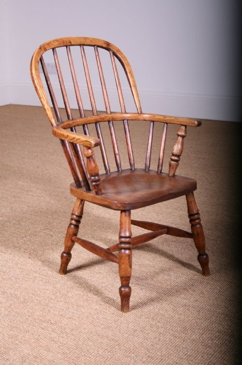 dating windsor chairs This page features some truly wonderful early american antique chairs dating from the late 1700's and early 1800's the continuous arm windsor chair just below is one.