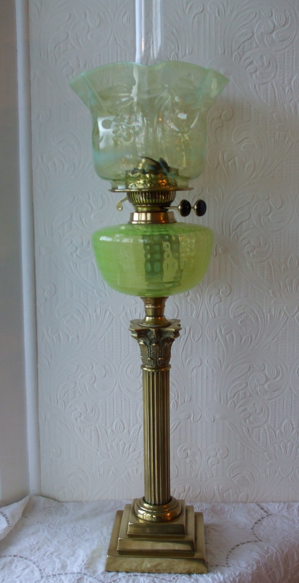 antique english victorian vaseline glass oil lamp
