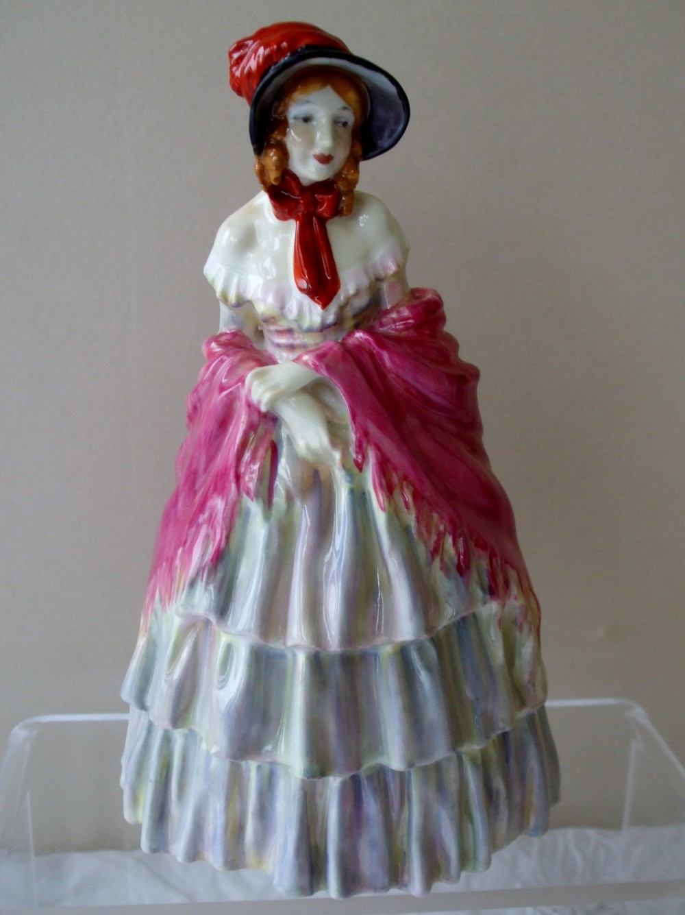 vintage royal doulton english porcelain figurine a victorian lady hn 727