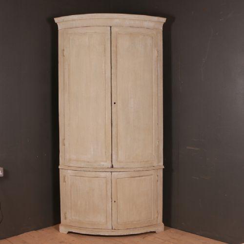 Arcadia Antiques - Antique Corner Cupboards - The UK's Largest Antiques Website