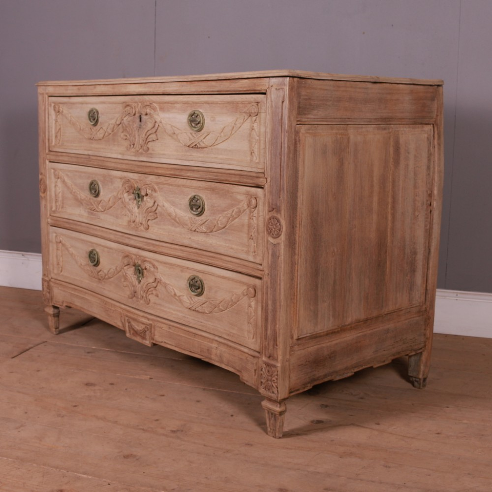 18th c french bleached oak serpentine commode