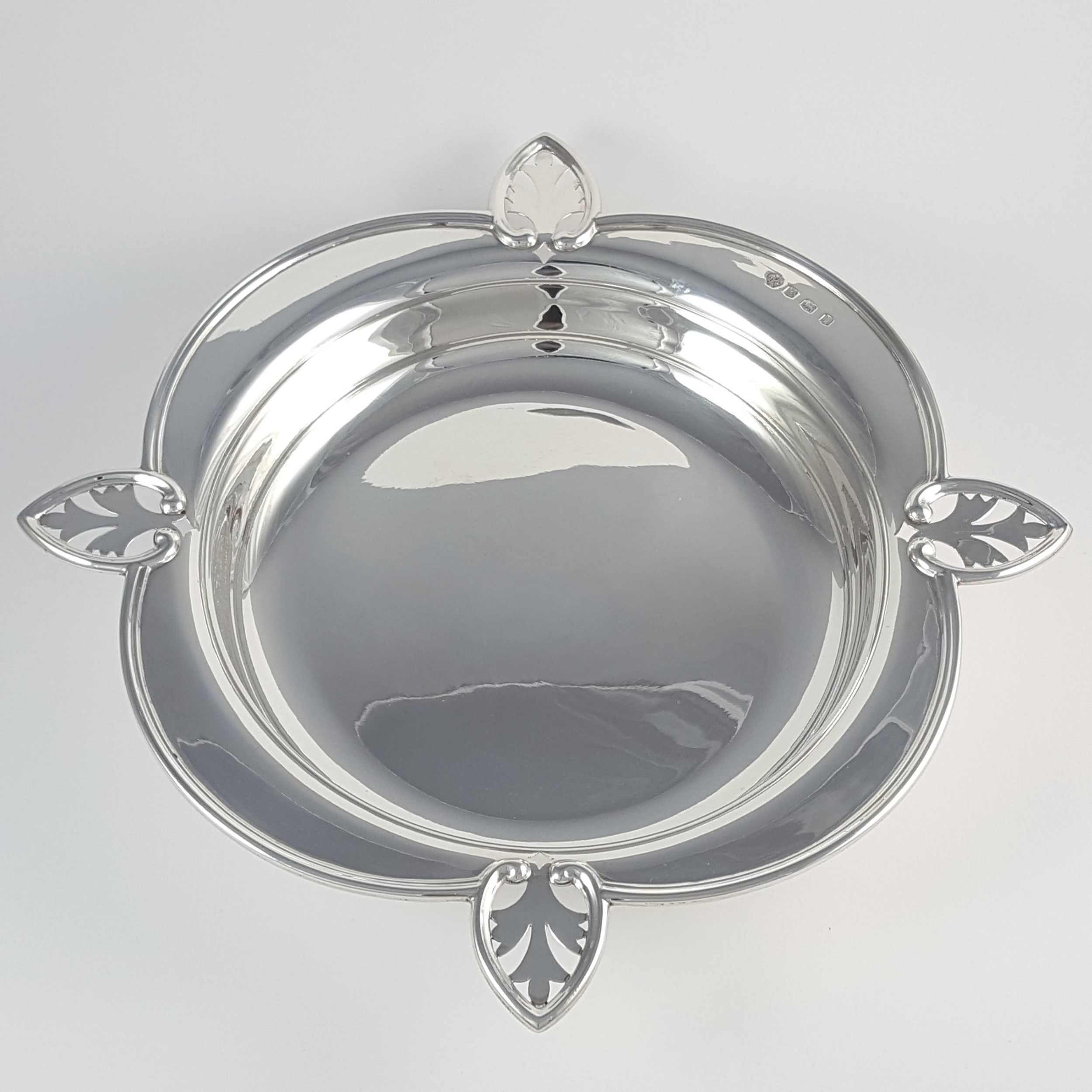 george v sterling silver dish william hutton sons sheffield 1928