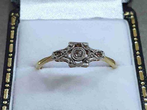 art deco platinum set diamonds 18ct gold ring c1915