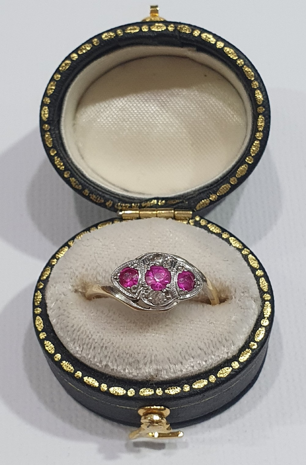 edwardian art deco platinum set ruby diamond 18ct gold trilogy size k
