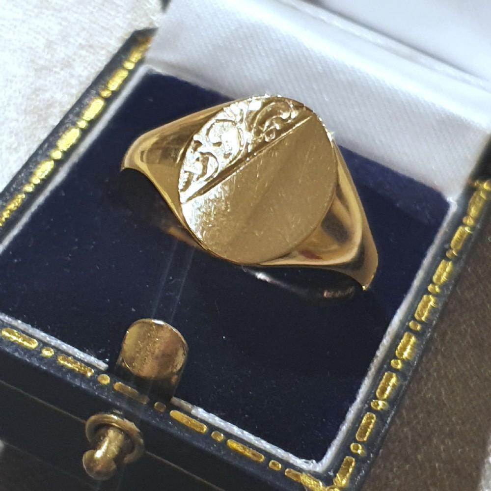 vintage oval gold men's signet ring size t