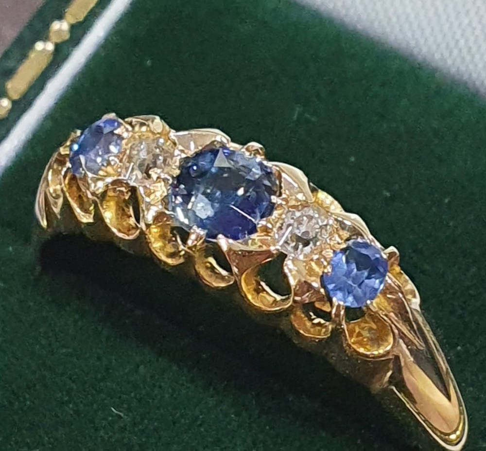 edwardian 033ct sapphire diamond 5 stone 18ct gold ring size p