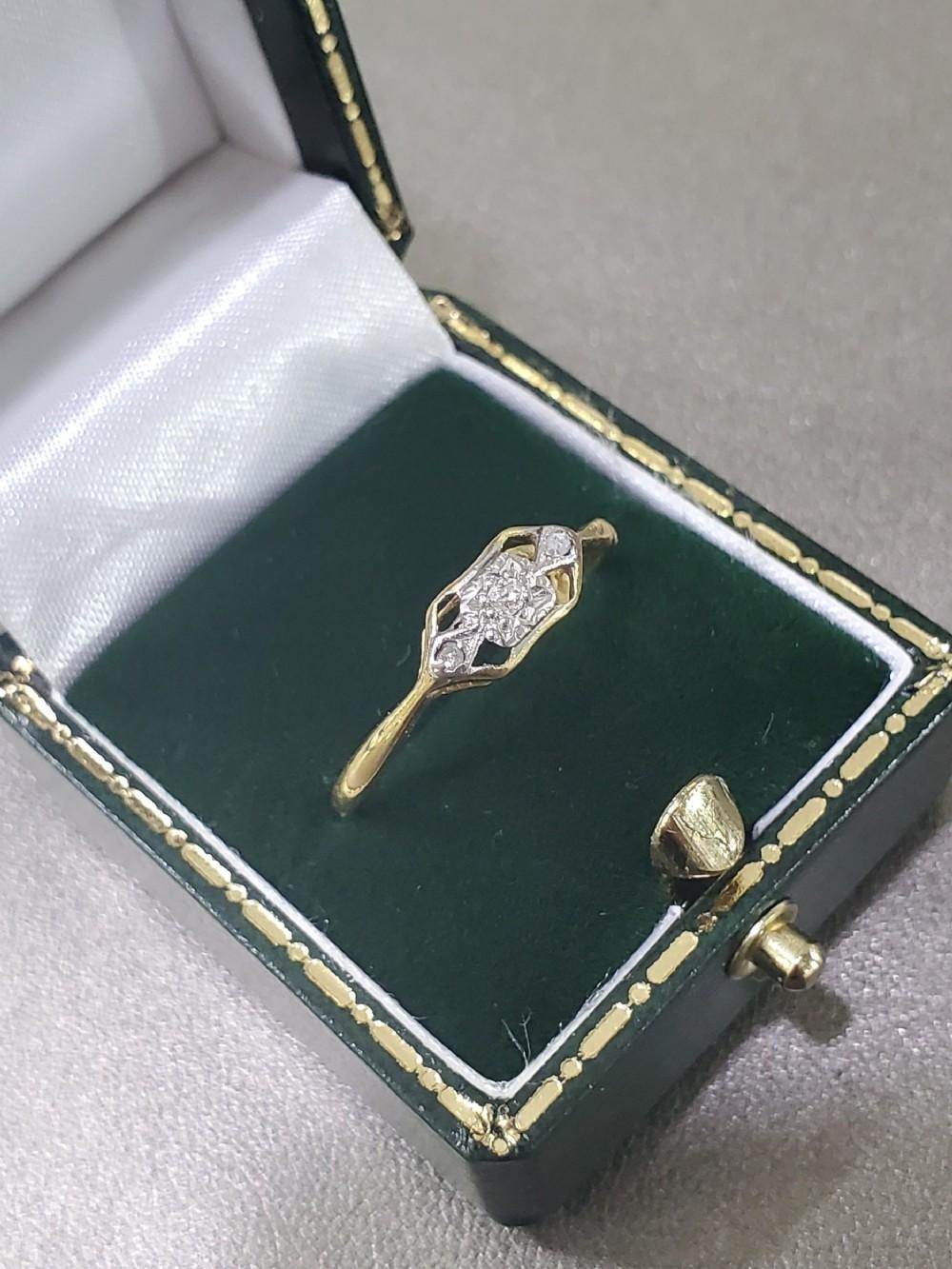 art deco platinum set 3 diamond open ring on 18ct gold band ring size o12