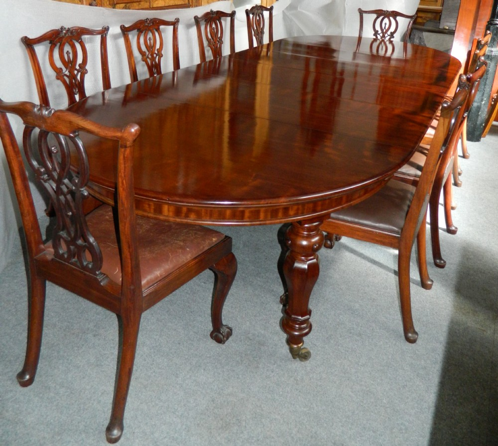 Large Extending Mahogany Dining Table With Four Extra