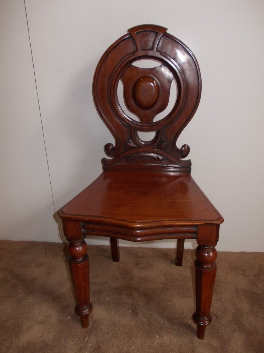 early victorian mahogany hall chair - Early Victorian Mahogany Hall Chair 308209 Sellingantiques.co.uk