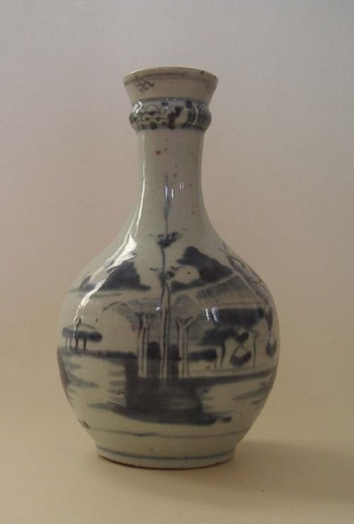 18th century chinese blue white porcelain guglet