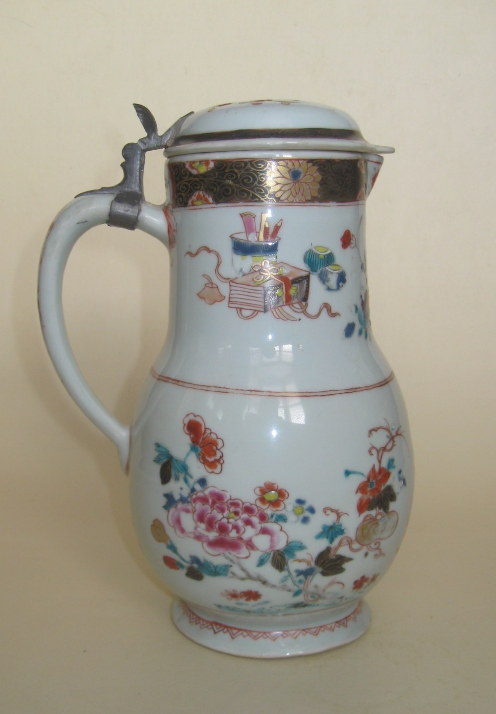 large chinese 18th century famille rose porcelain ewer