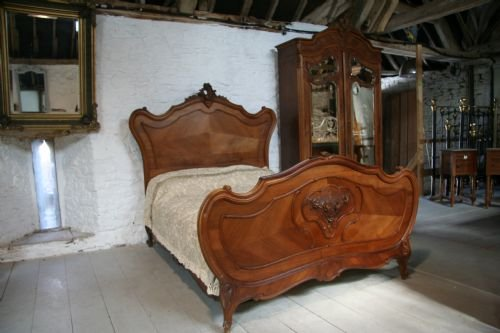 french walnut louis xv bedroom suite