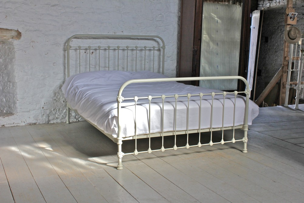 Simple French All Iron King Size Bed In Aged Old White
