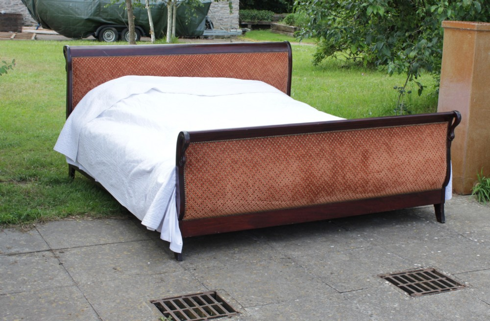 Super King Size Upholstered Sleigh Bed
