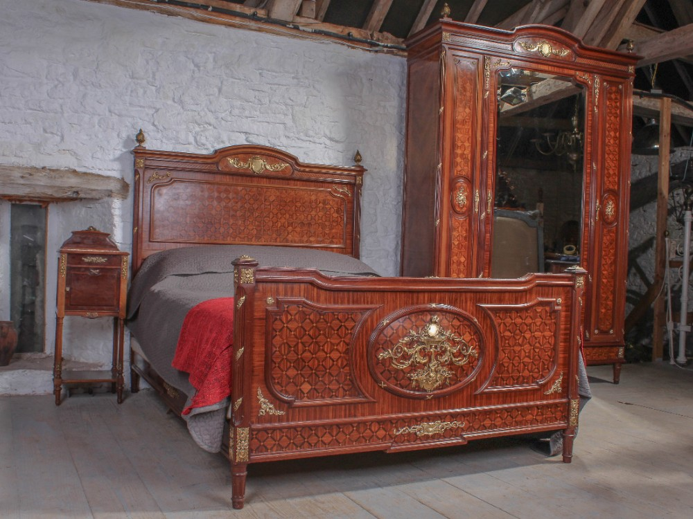 Spectacular Quality Louis Xvi Parquetry Bedroom Suite With King Size Bed 44