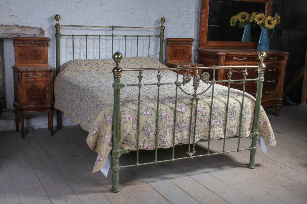 beautiful king size victorian brass and iron bed