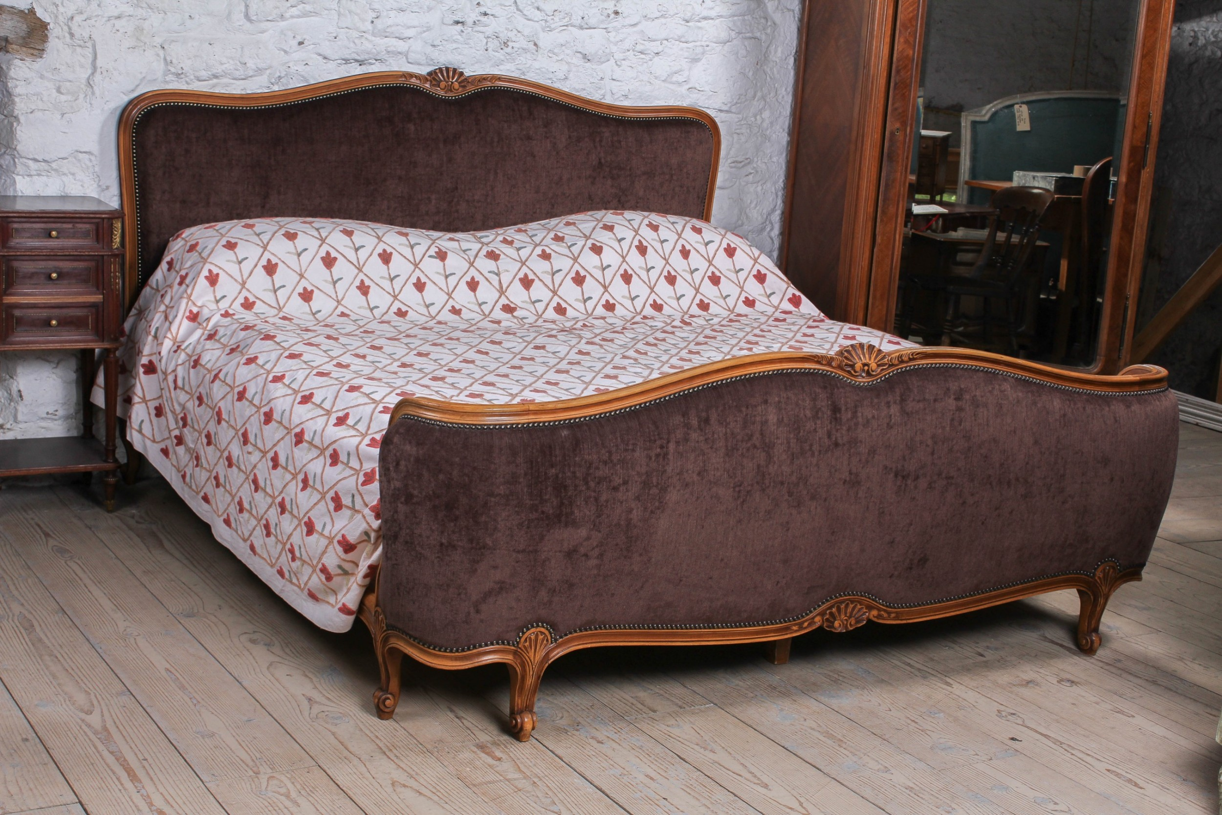 louis xvi style super king size upholstered bed