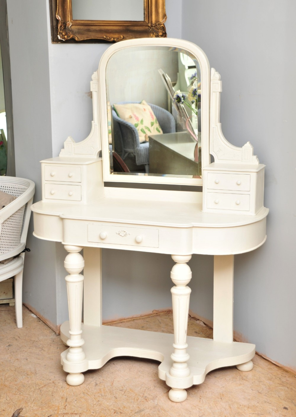 Victorian dressing table - Old Vintage Victorian Mirrored Dressing Table In Annie Sloan Original