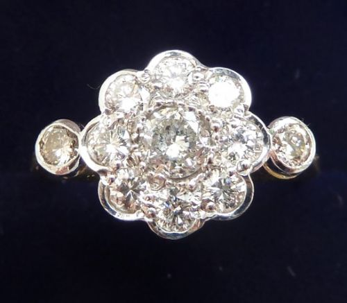 beautiful art deco 18ct 18k and white gold 105ct diamond daisy vintage antique ring