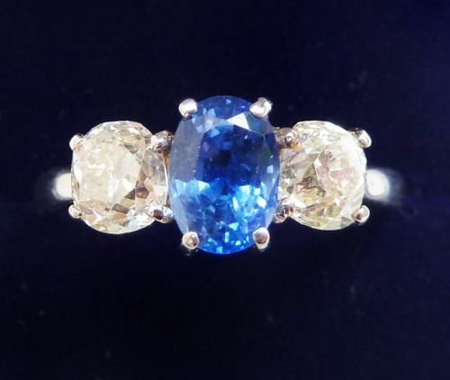 stunning edwardian platinum 125ct sapphire and diamond vintage antique trilogy three stone ring