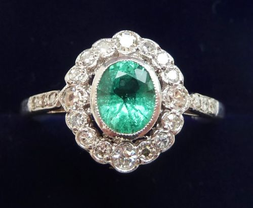 beautiful art deco 18ct 18k white gold 085ct emerald and diamond cluster vintage antique ring
