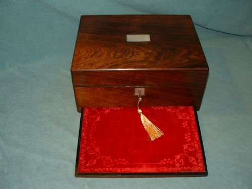 exceptional combination rosewood sewing box - photo angle #3
