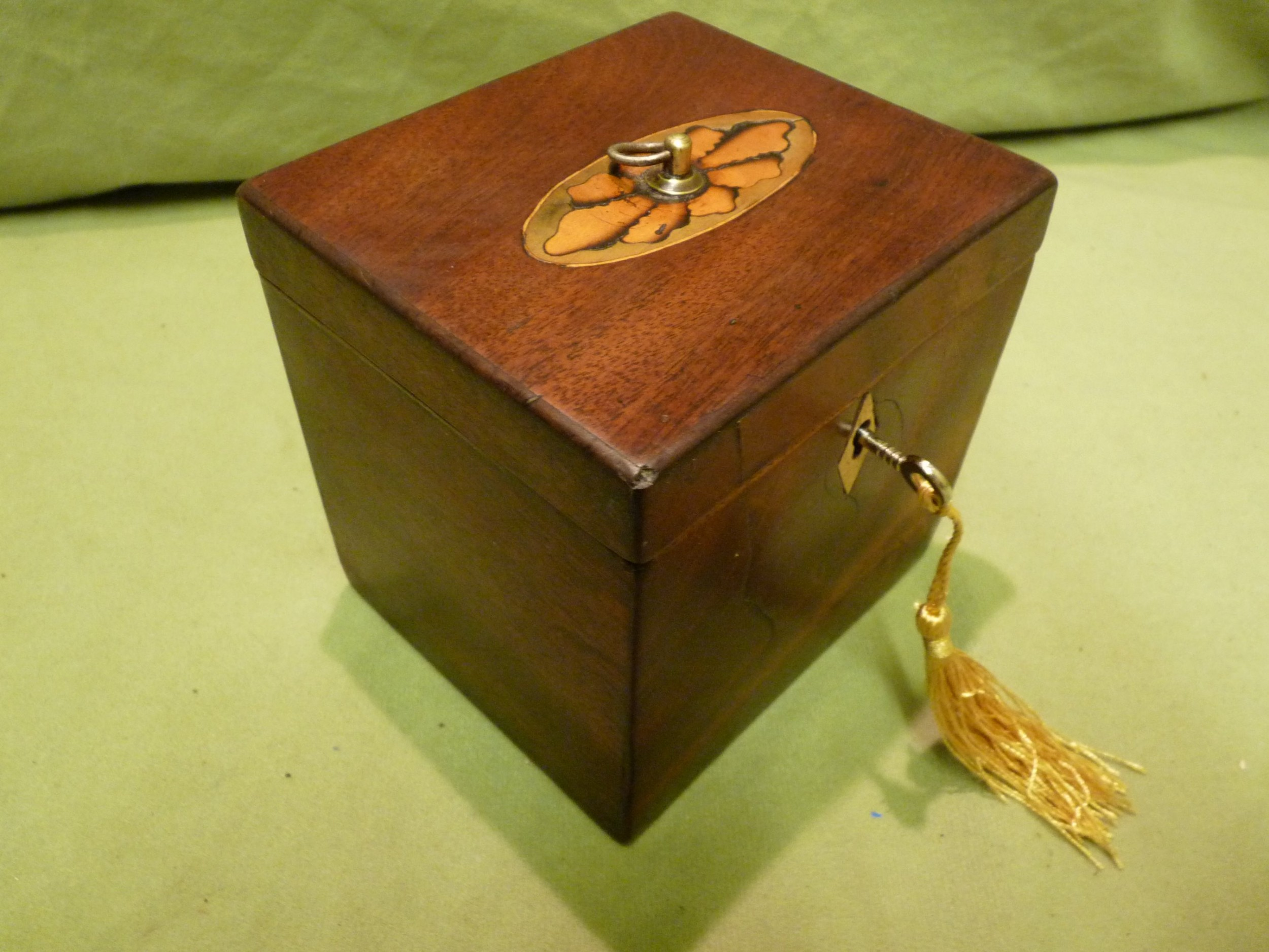 georgian inlaid single section tea caddy c1810