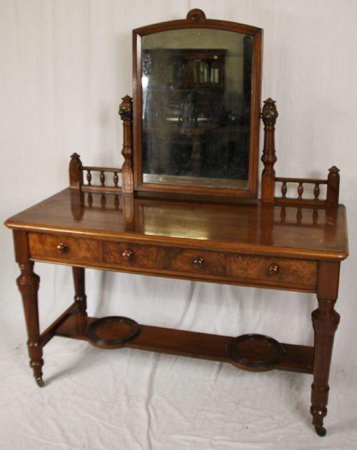 Victorian walnut dressing table 175788 sellingantiques for Walnut dressing table