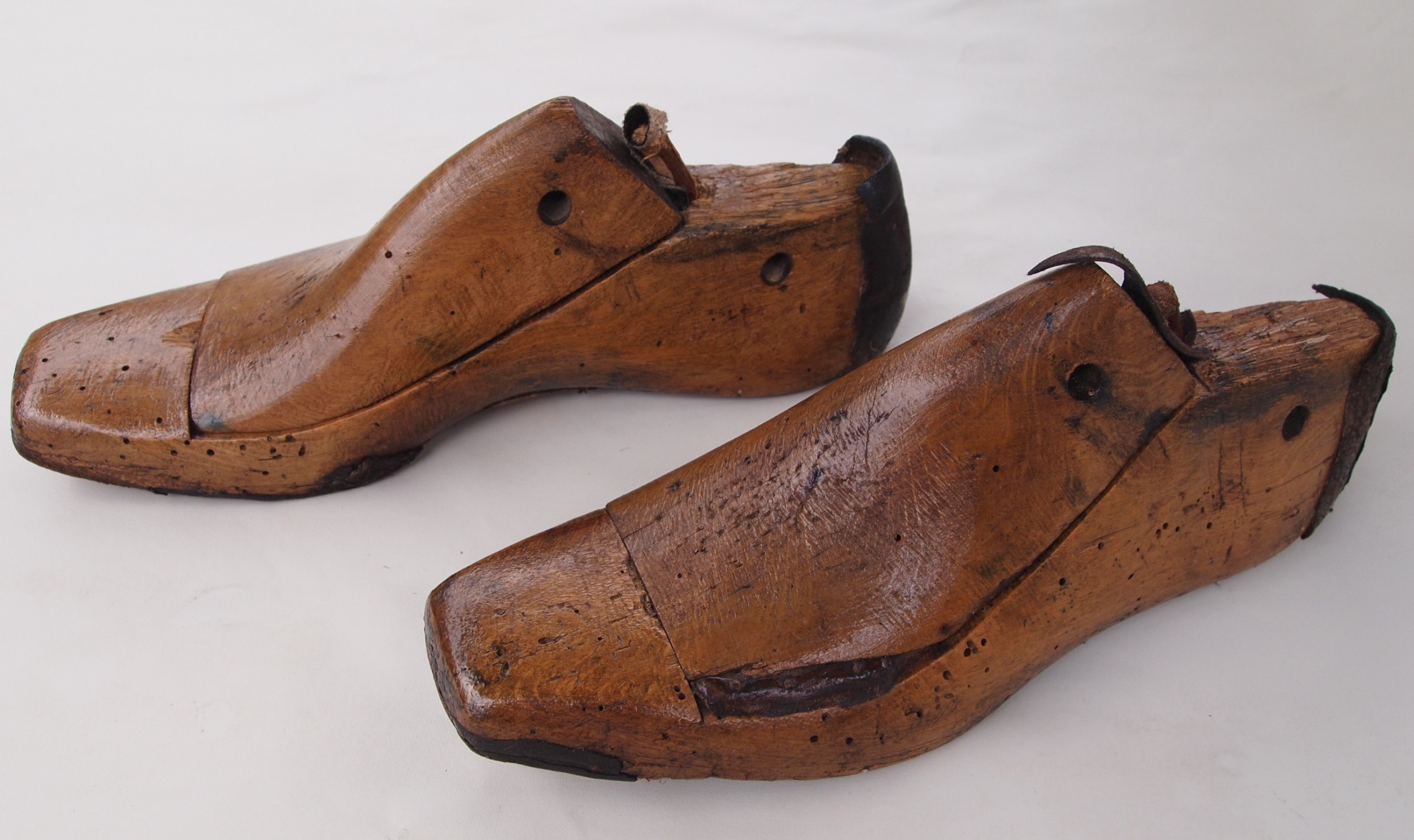 late 19th c beechwood ladies shoe lasts