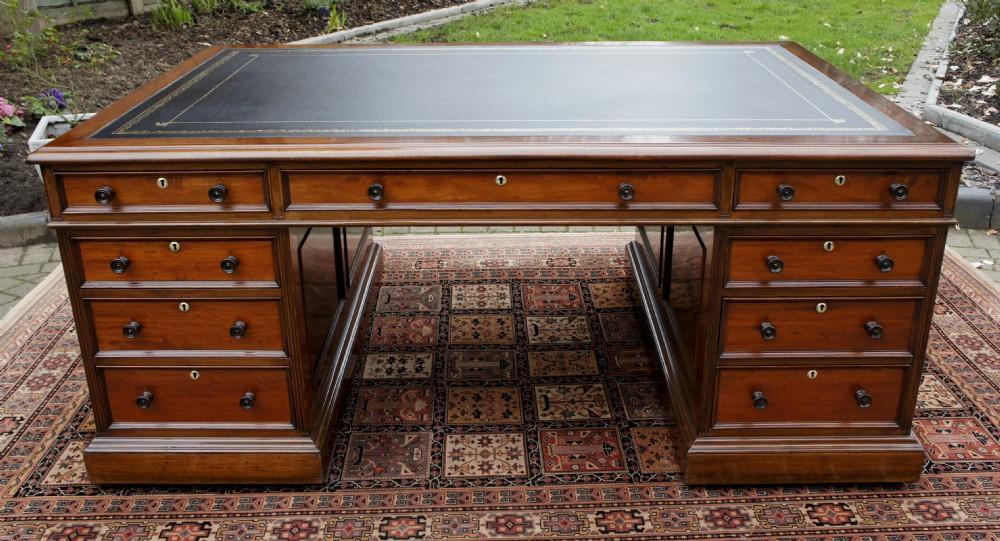 Large Antique Mahogany Partners Desk 400248 Sellingantiquescouk