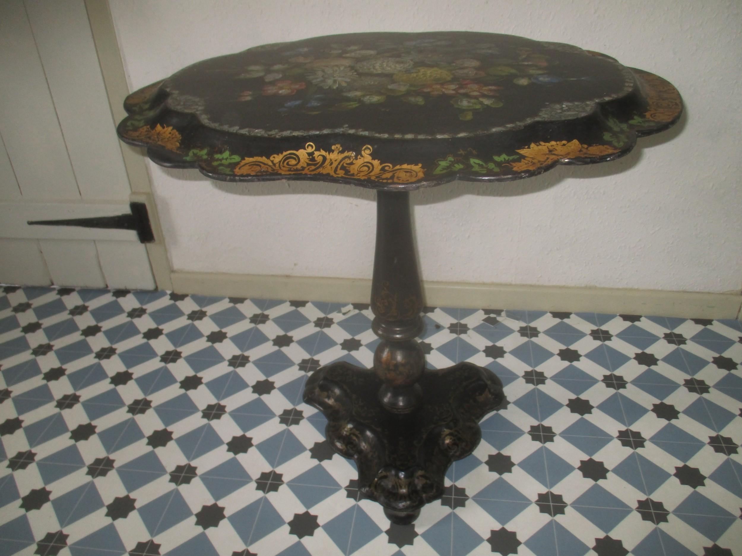 papier mache table