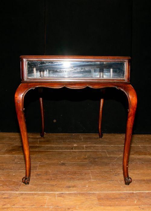 Antique Bijouterie Tables The Uk S Largest Antiques Website