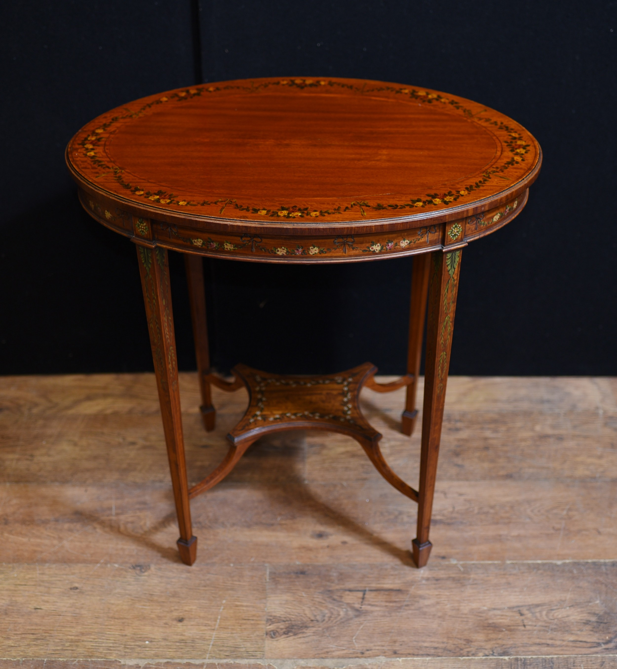 Oval Coffee Table Antique: Edwardian Painted Oval Side Table Cocktail Tables