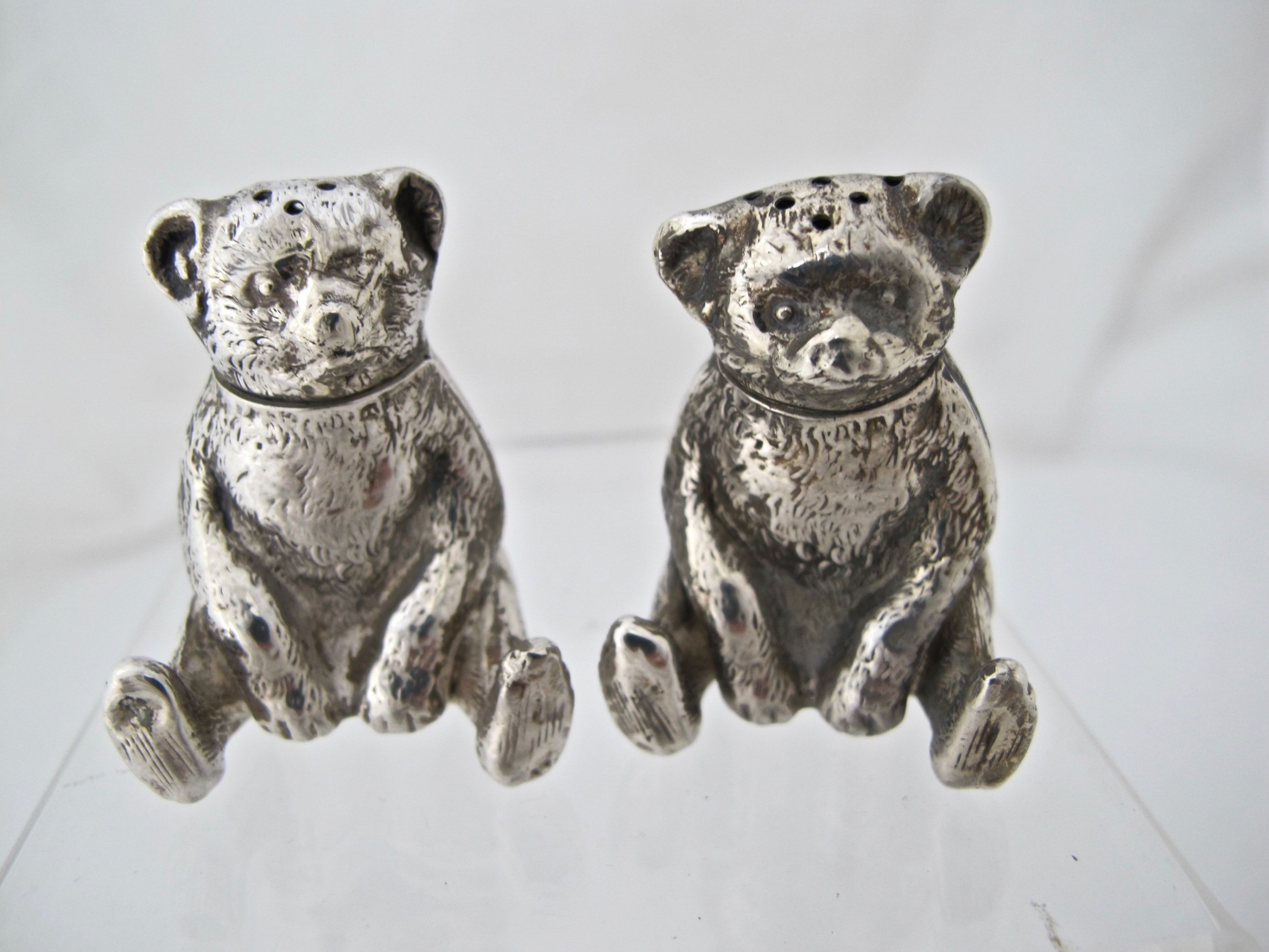 edwardian silver novelty teddybear pepper pots william vale and sons birmingham 1909