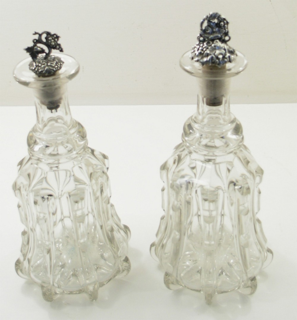 pair of edwardian glass mallet type decanters